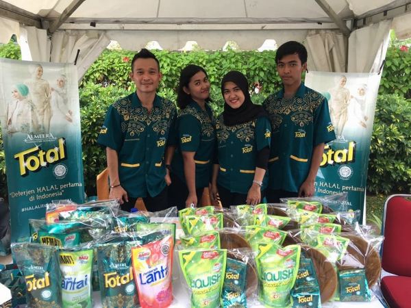 Total Almeera di Street Food Festival di Bintaro Jaya Xchange